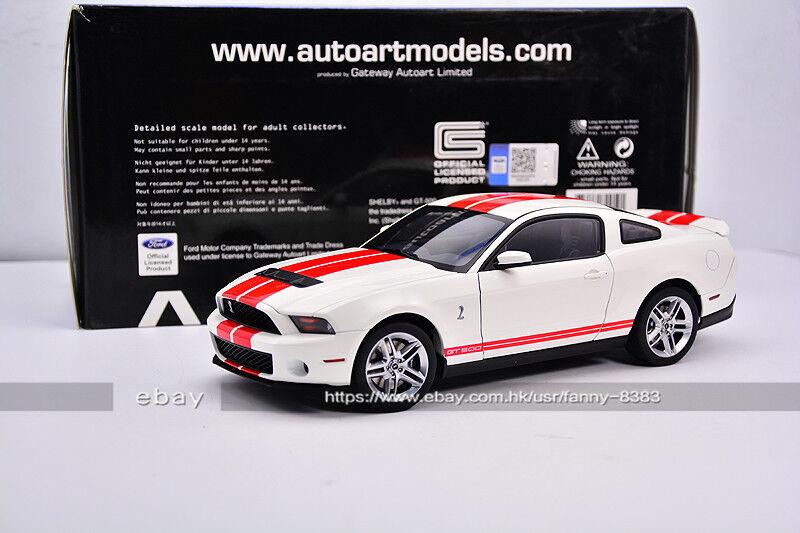 AutoArt 1 18 FORD SHEBY COBRA GT500 Vit rödFärg