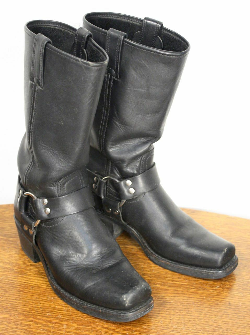FRYE Black Leather Motorcycle Boots w Harness. Women's Size 9 Stylish