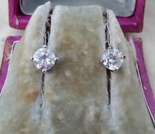 Gorgeous 2ct Diamond 18ct white gold art deco stud earrings