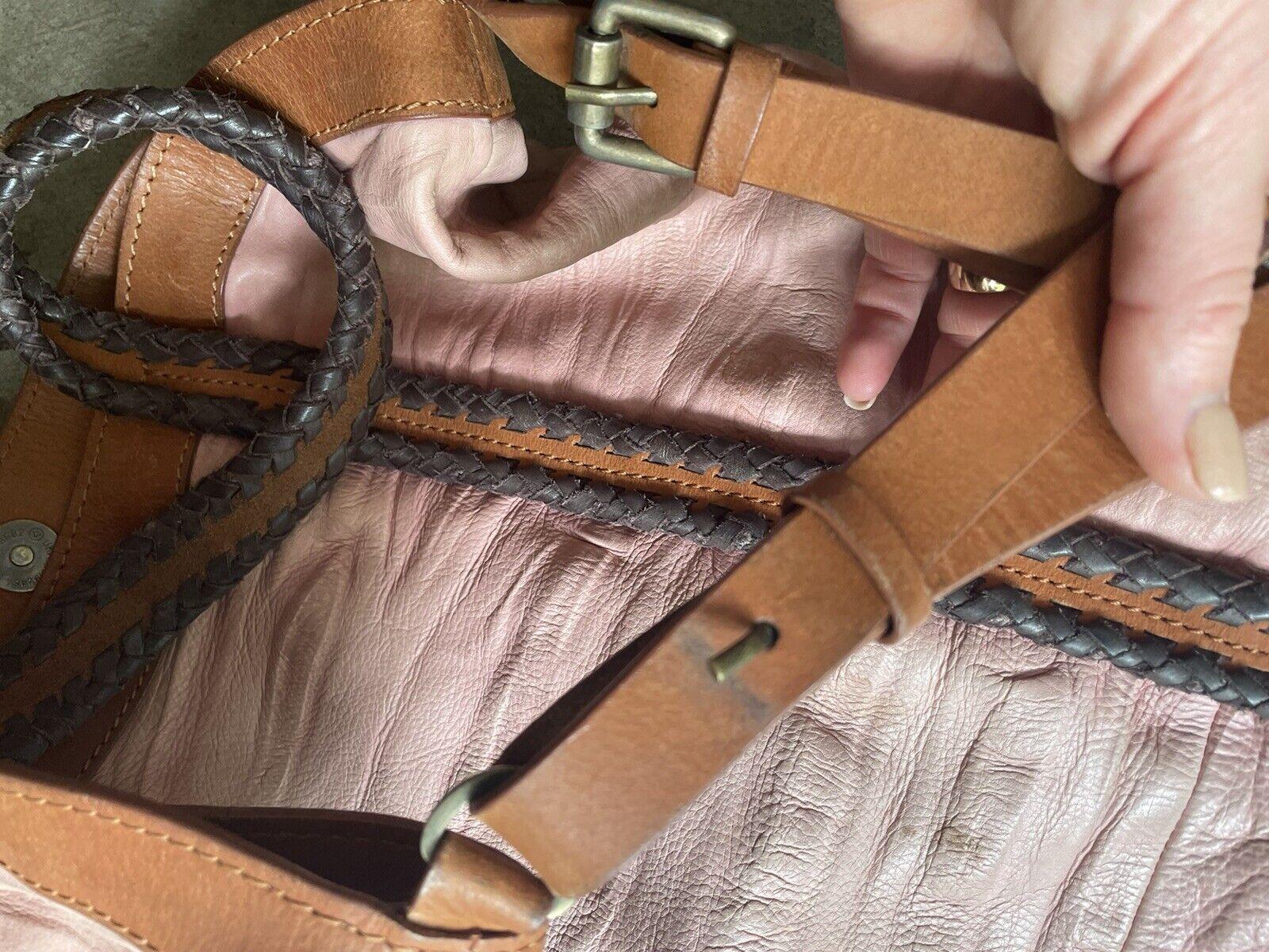 holding horses Leather Dusty Pink bag - image 5