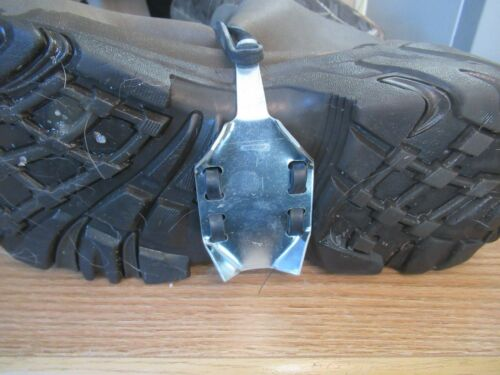 1 SET EASY ON INSTEP CREEPERS ICE FISHING CLEATS SAFETY TREADS ONE SIZE FITS ALL