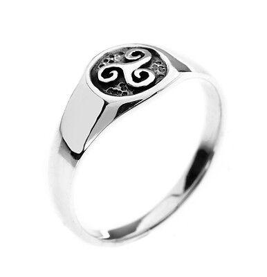 Sea Gems Sterling Silver Celtic Triskele Signet Ring