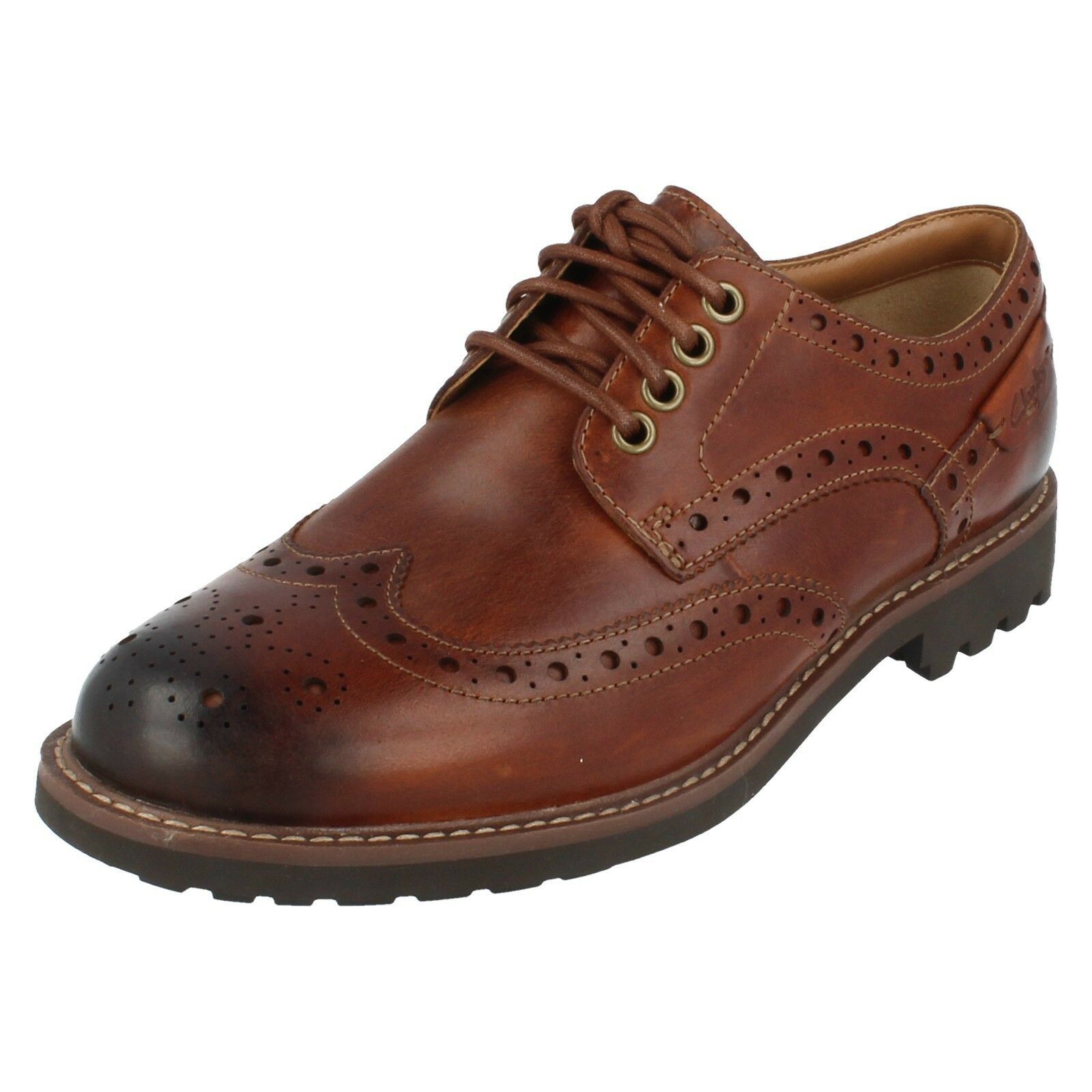 Mens MontacuteWing4 Brogue Lace Up shoes By Clarks