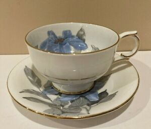 Windsor-China-Blue-with-Hand-painted-Blue-Clematis-Tea-Cup-and-Saucer-England