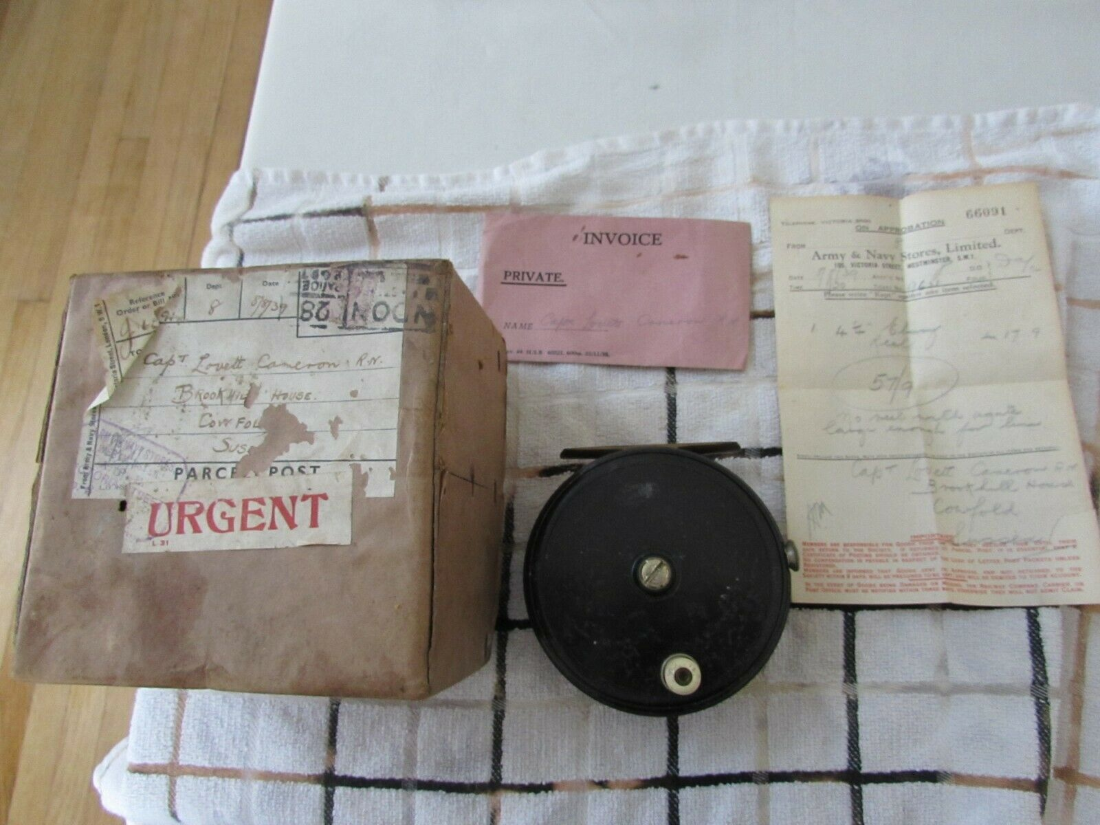 A1 vintage youngs pattern 10B salmon fly fishing reel 4.25  army + navy stores
