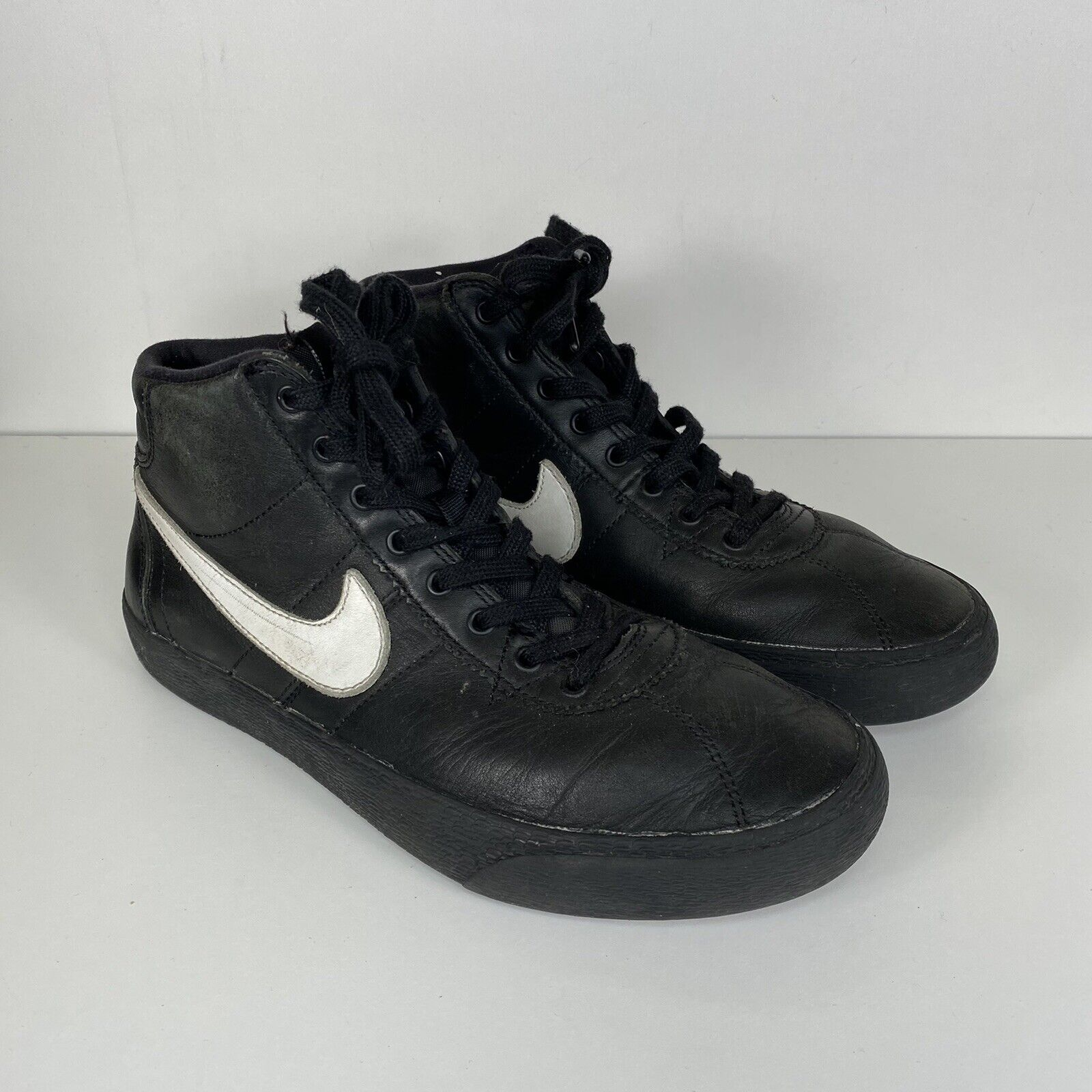 Size 6.5 - Nike SB Bruin High QS x Lacey Baker All Eyes on You ...