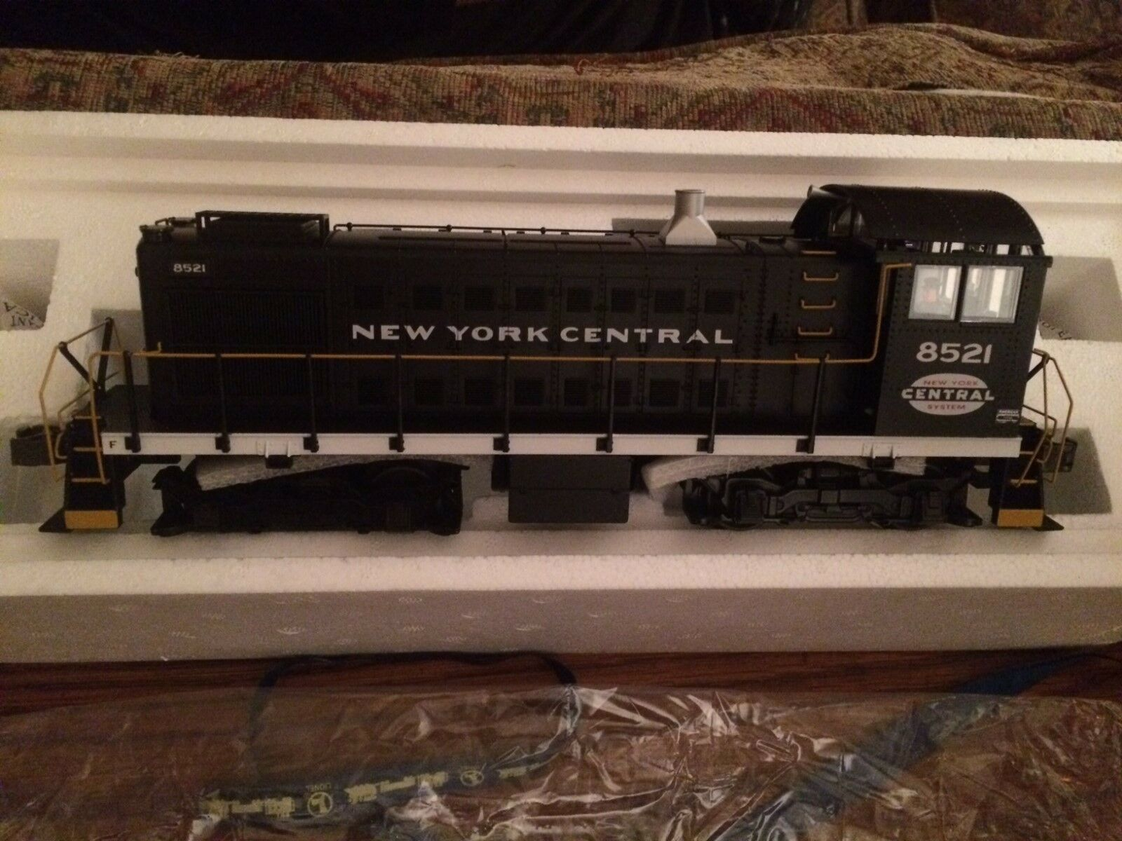 Lionel 38483 NYC S-2 Switcher NON-POWERED DUMMY Unit Cab  New w Master