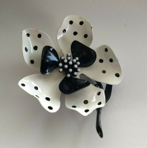 Rare Vintage Original by Robert Polka Dot Black and White Hand Painted Enamel /& Gold Plated Art Deco Influenced 5 Petal Flower Brooch