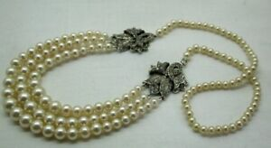 Vintage-Absolutely-Beautiful-Silver-White-Stone-And-Simulated-Pearl-Necklace