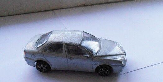 Modelbil, Bburago Alfa Romeo 156, skala 1/43
