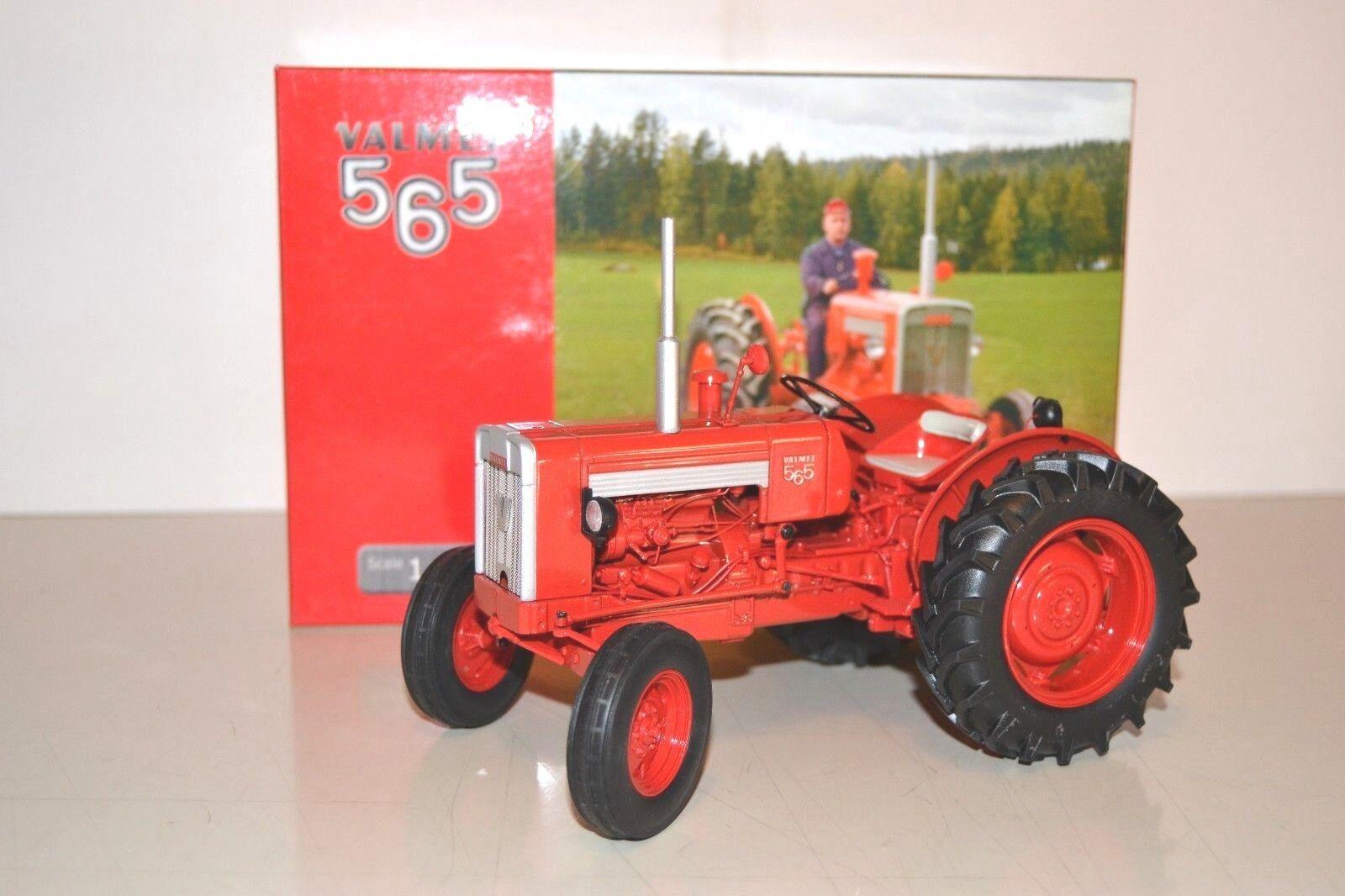 Universal Hobbies 1 16. Valmet 565 1965. 1965. 1965. Tracteur agricole. Réf. UH2620. 6adcf0