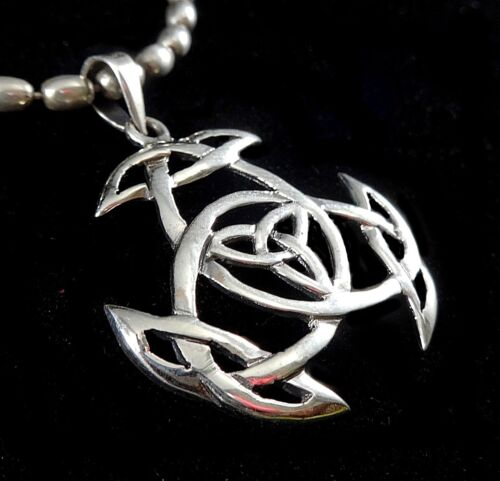 Handcrafted Solid 925 Sterling Silver Celtic Trinity Knot Triquetra Pendentif