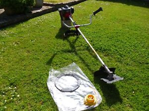 Kawasaki KBH43A strimmer, single harness & new blade - completed 04/05/21