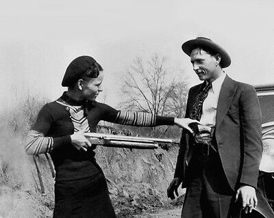 1933 Bank Robbers BONNIE /& CLYDE Glossy 8x10 Photo Criminal Print Vintage Poster
