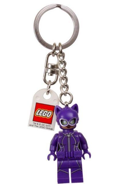 The LEGO BATMAN MOVIE Purple CATWOMAN Minifigure Key Chain Ring 853635 BNWT