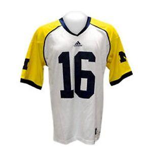 Denard-Robinson-Michigan-Wolverines-Under-the-Lights-Jersey-2012-16