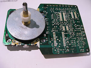Turntable-DC-Direct-Motor-MC944GF-and-Driver-Board-MDC944F-Parts-Vintage-Restore