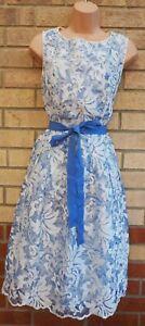 Vestido-de-Fiesta-UNA-Premium-Bordado-organza-con-cinturon-PER-una-linea-Patinadora-Midi-con-Encaje