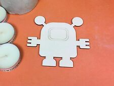 WOODEN CUTE ETCHED SPACE ROBOT Shapes 10cm (x 10) wood shape crafts blanks