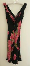 BETSEY JOHNSON BLACK RAYON DRESS WITH PINK ROSE DESIGN - Size Petite, Pre-owned