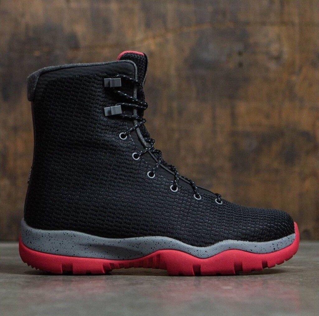 Bota Impermeable Jordan Future Negro rojo gris  para hombre DS