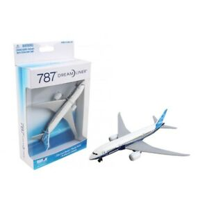 Boeing b787 (new livery) for playset daron toys rt7474-1 toy