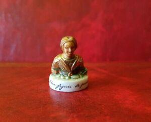 Statuina-Fava-una-Figura-da-Foglio-5082