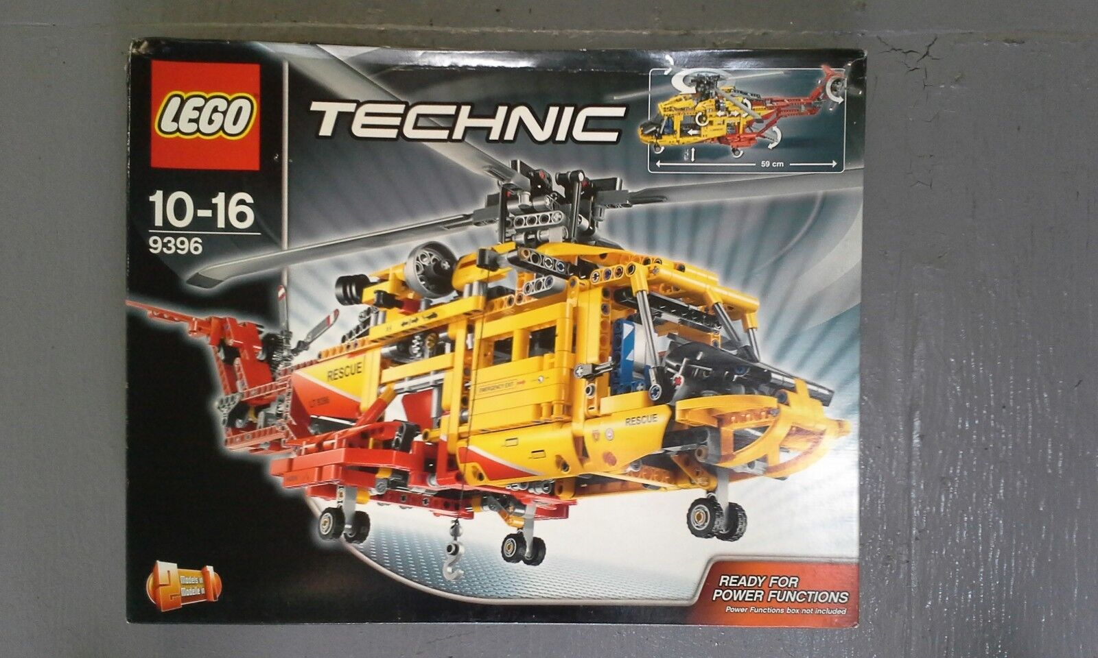 LEGO 9396 - Technic - Helicopter New w/ Slight Damage