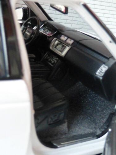 Spielzeugautos 1:24 Range Rover L405 TD6/4.4 V8 Weiß Hse Vogue Detaillierte Rastar