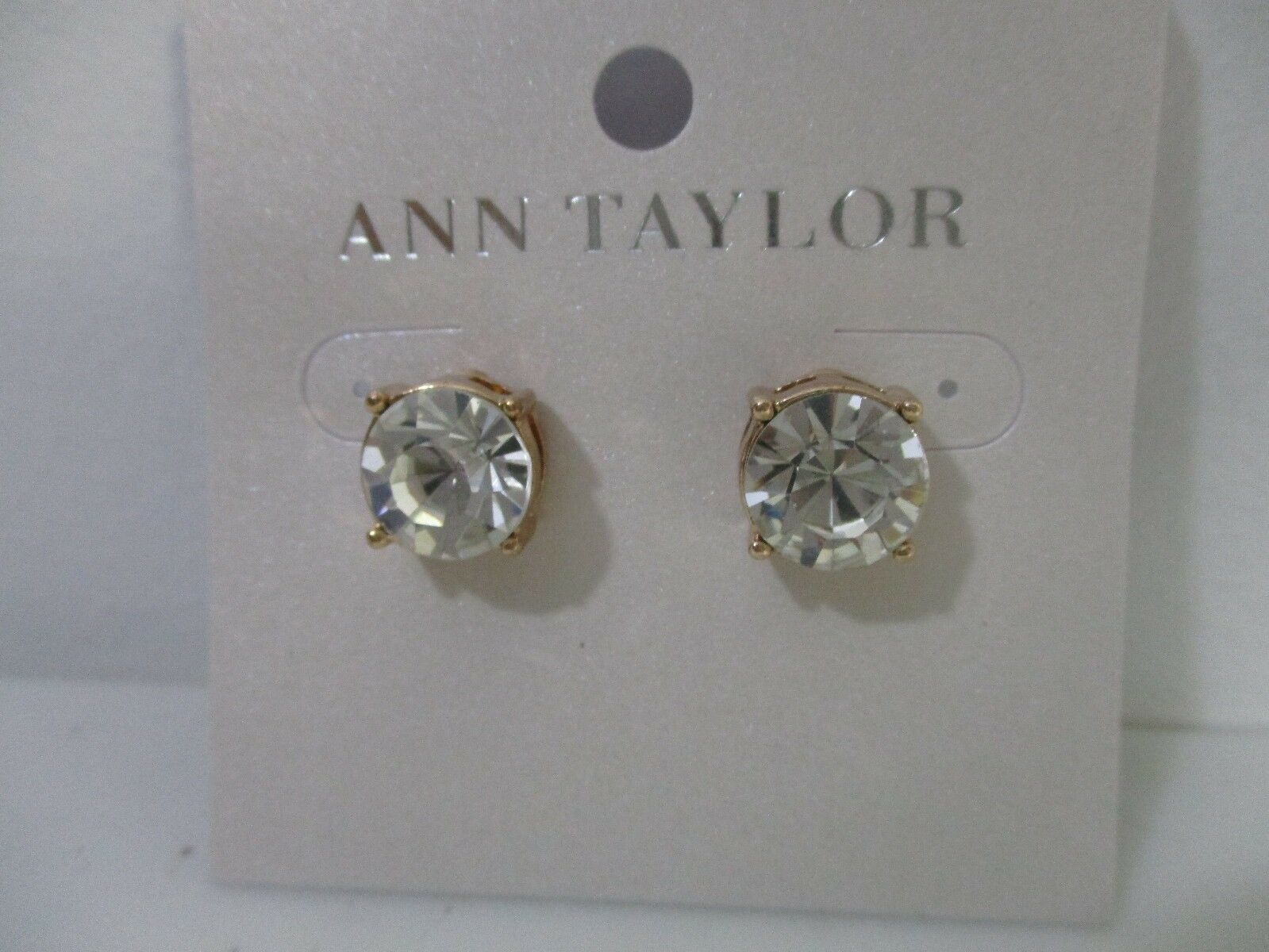 ca17106f2760e Ann Taylor Womens Solitaire Round Brilliant Crystal Stud Earrings 29.99