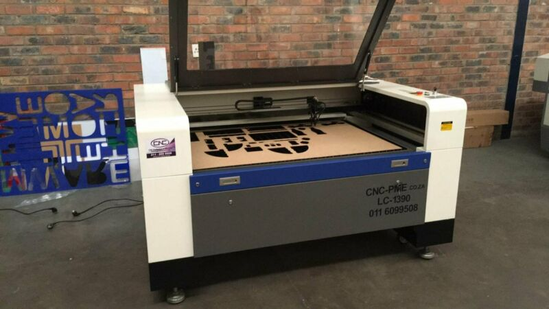 L C 1390 with 100w Tube - cut and engrave wood