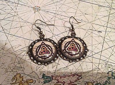 20mm Celtic Triquetra Spiritual Bronze Dangle Earrings, pagan Wiccan