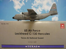 Hogan Wings 1:200 Lockheed C130 Hercules  U.S. Air Force + Herpa Wings Katalog