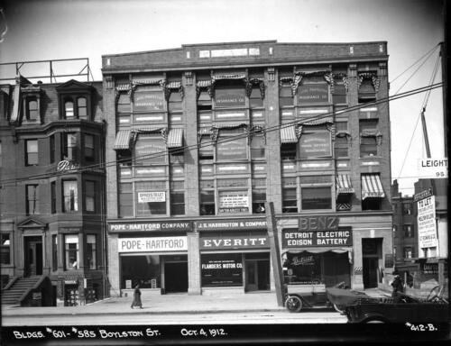 MA Photo 601--585 Boylston St Boston 1910s DETROIT ELECTRIC EDISON BATTERY