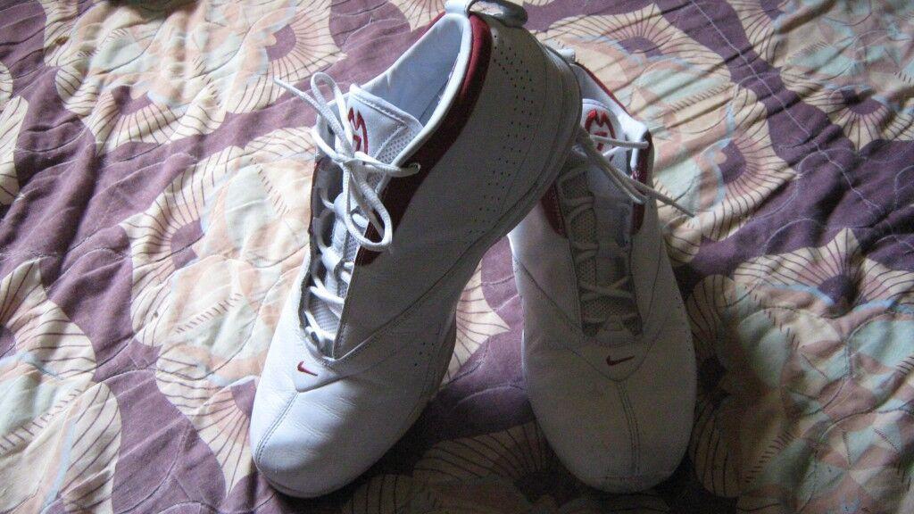Men's Nike 7  Basket Ball Shoes US 11.5 NICE!