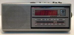 Vintage-GE-AM-FM-Alarm-Clock-Radio-Model-7-4637A-General-Electric-Two-Wake-Times