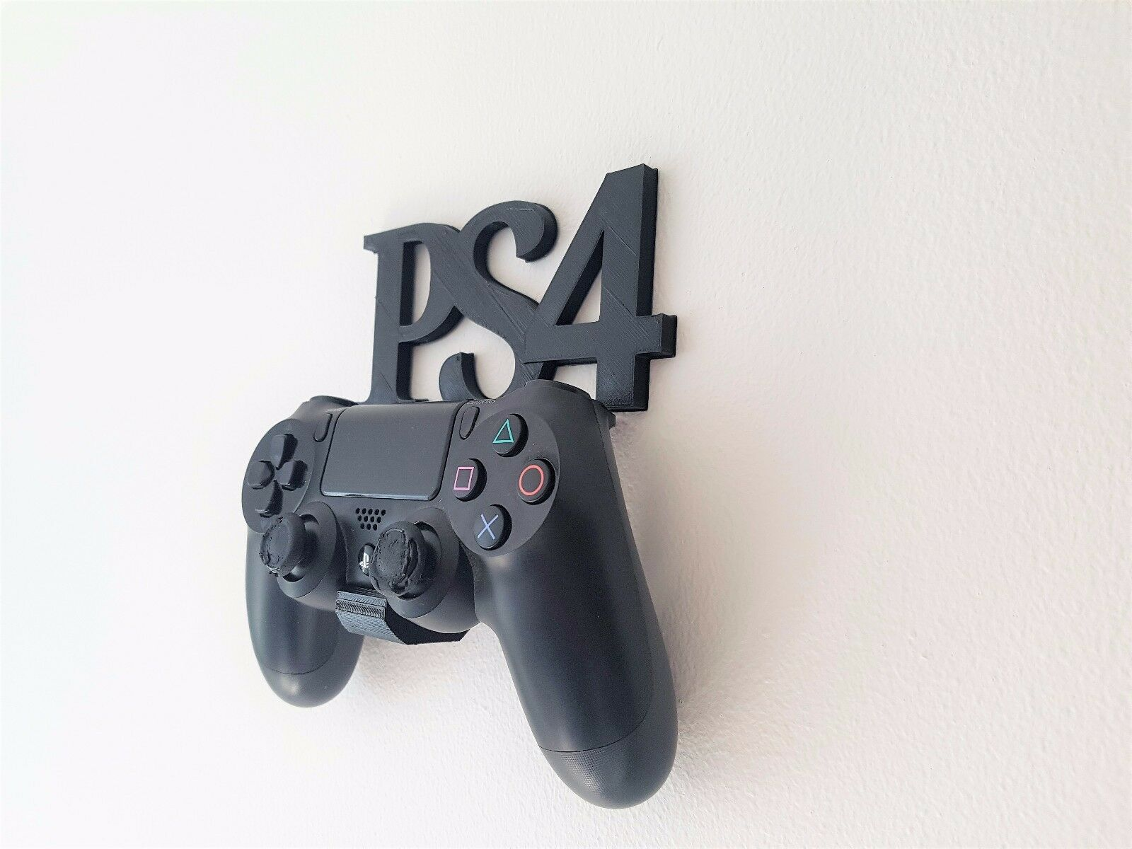 Named Wall Mount / Holder For PS4 Playstation 4 Controller Gamepad