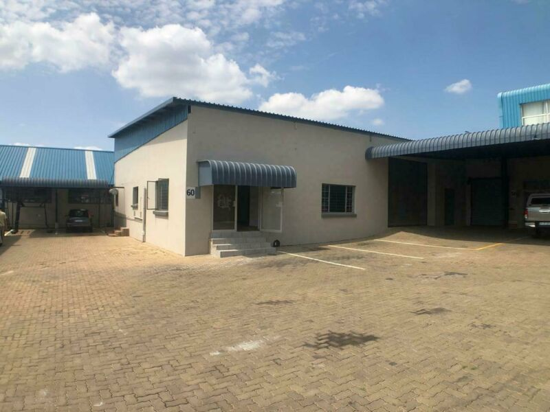 132SQM NEAT MINI-FACTORY TO RENT WITHIN THE TANNERY INDUSTRIAL PARK BASED IN THE SILVERTON AREA