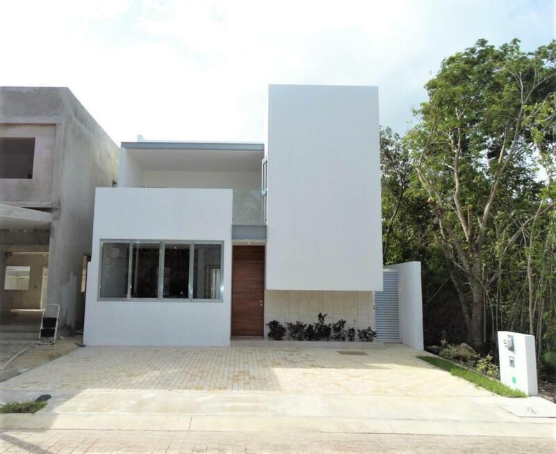 Casa NUEVA en Venta/Renta, 3 Recámaras, Piscina, Aqua by Cumbres, Av. Huayacán, Cancún