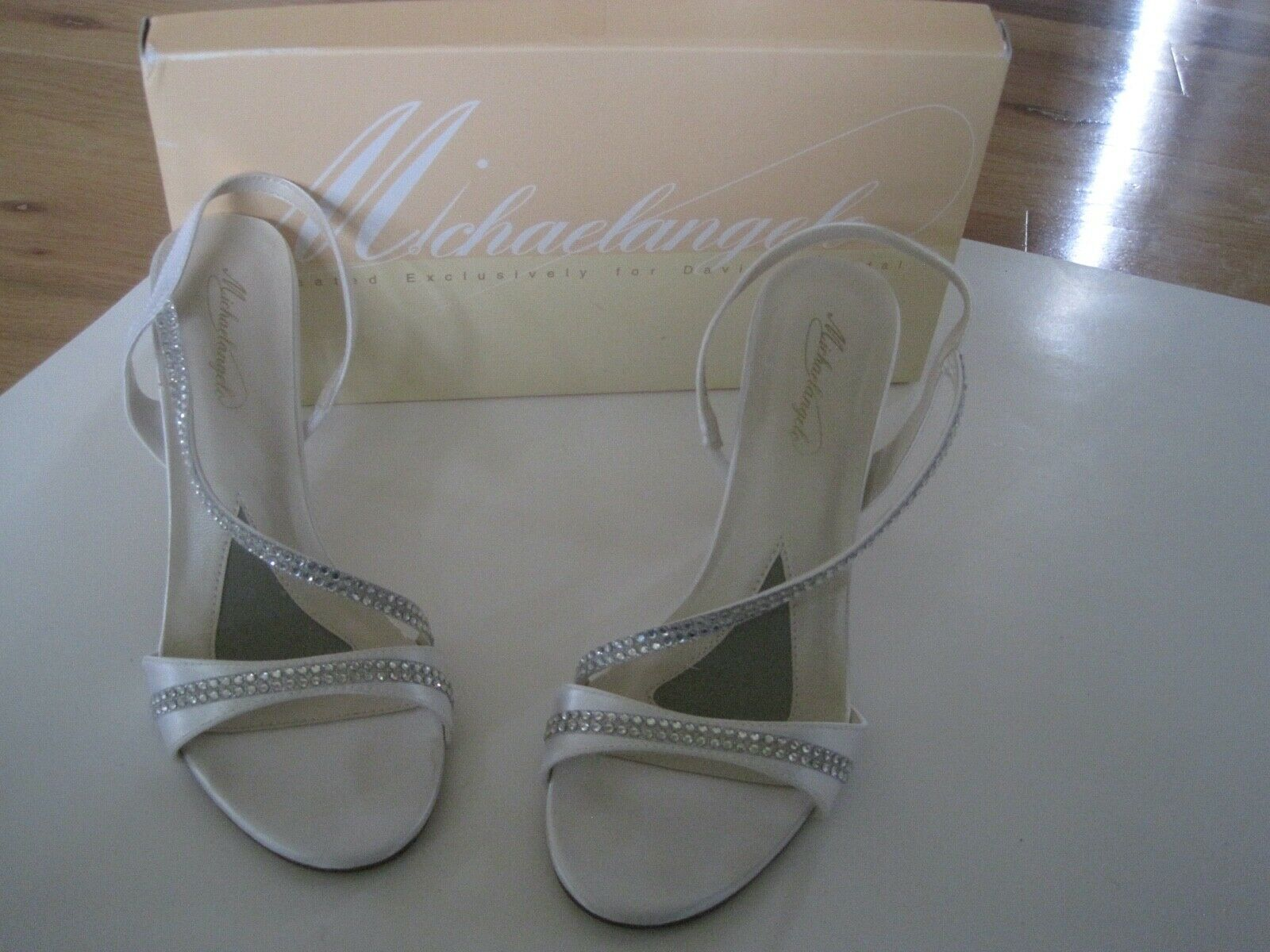 Bride Shoes Michaelangelo YVETTE David Bridal Rhinestone Satin Size 8.5 w/ Box