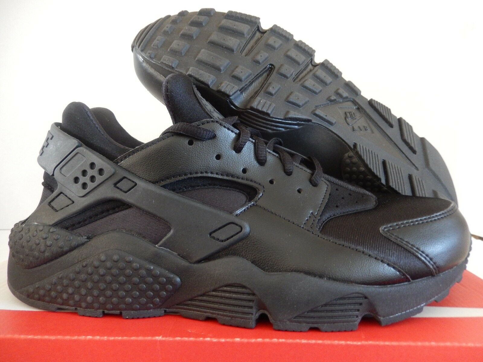 WMNS NIKE AIR HUARACHE RUN BLACK-BLACK SZ 10