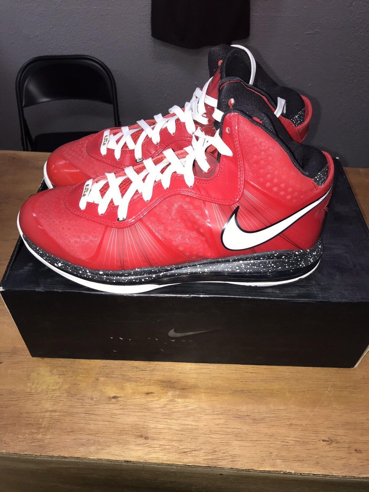 timeless design c8f15 fdc06 Lebron 8 Christmas Size 11 V2 Nike Basketball Basketball Basketball shoes  92a672