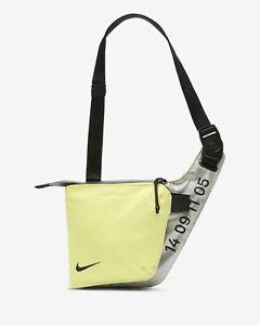 explique Arne explorar  Nike Tech Bolsa aliento Pro Bandolera Bolso Exclusivo Nuevo Raro Plata Volt  Negro | eBay