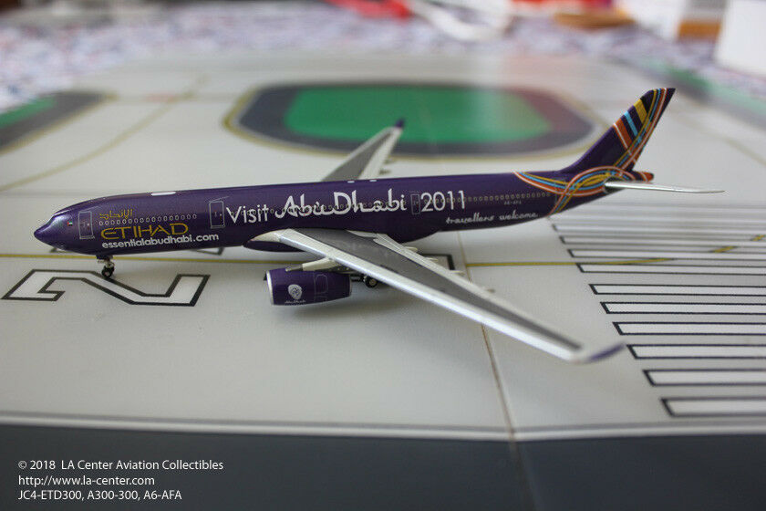 JC Wings Etihad Airways Airbus A330-200 Visit Abu Dhabi Diecast Model 1:400