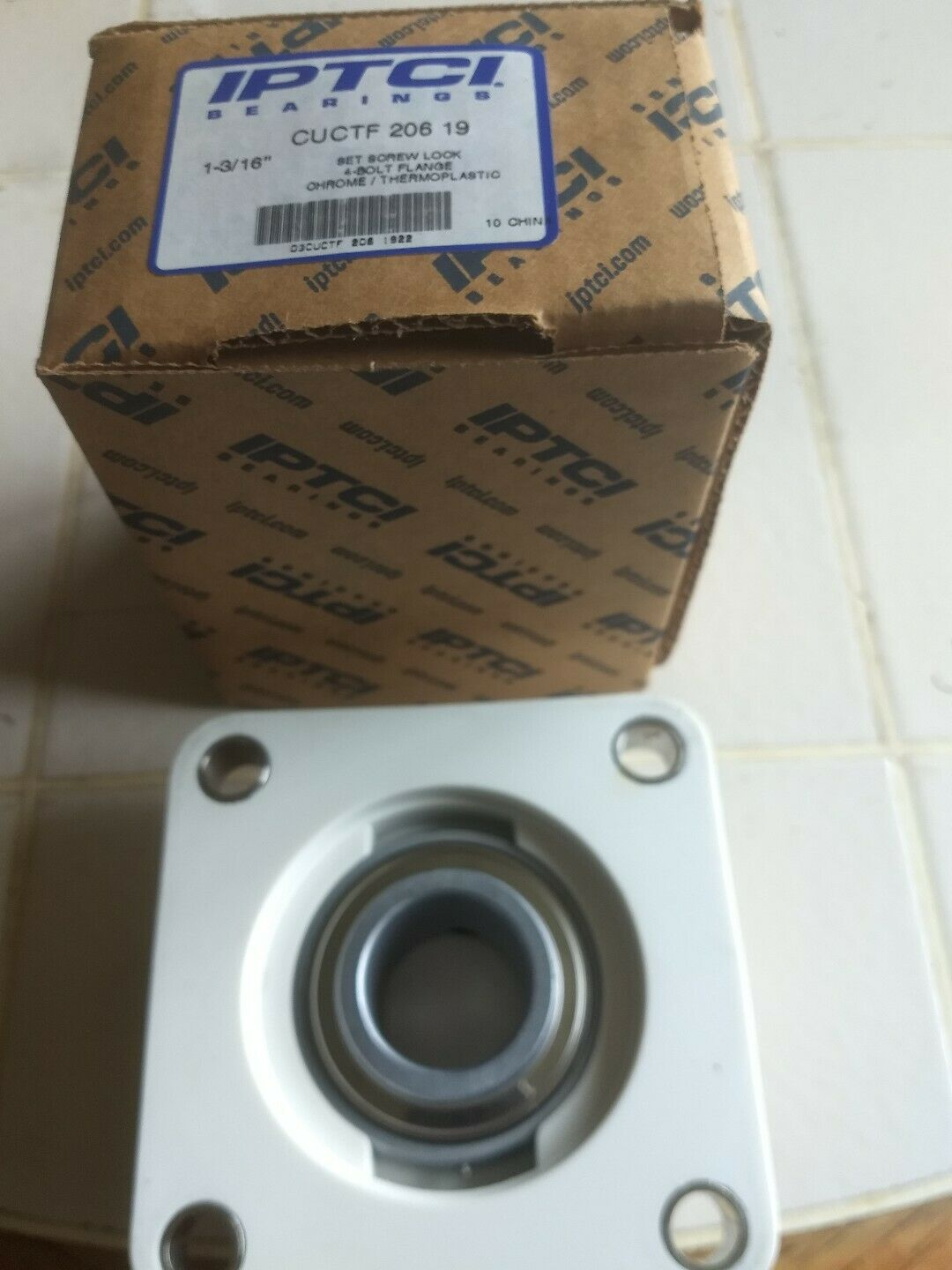 """NEW TWO BOLT FLANGE BEARING SBLF 206-19 LOT OF 4 1 3//16/"""" ID"""