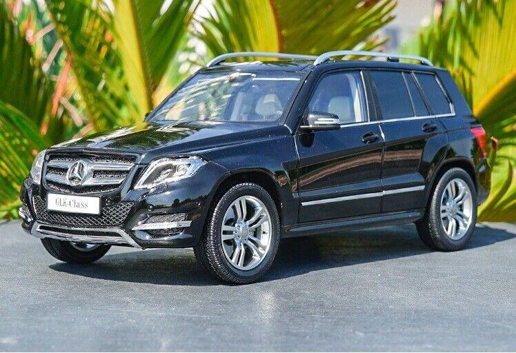 Escala 1 18 Mercedes-Benz GLK SUV de 300 Modelo Diecast Car Colección nero Metal