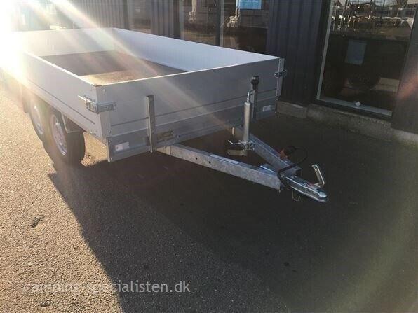 Trailer, Selandia 750-305, lastevne (kg): 490