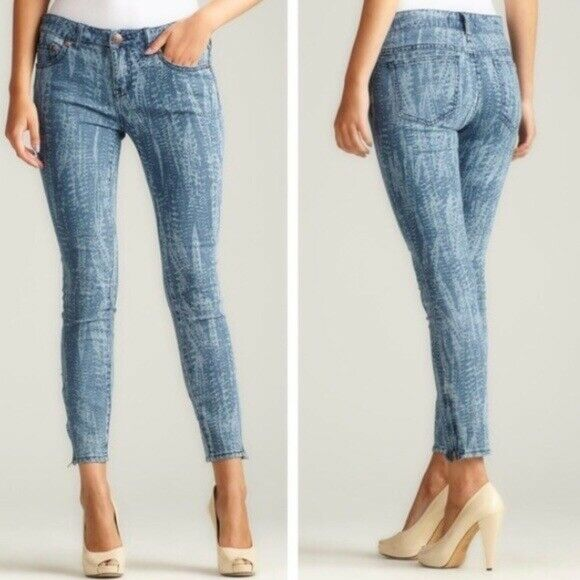 FREE PEOPLE Skinny Feather Print Ankle Zip Jeans Women's Size 26 EUC