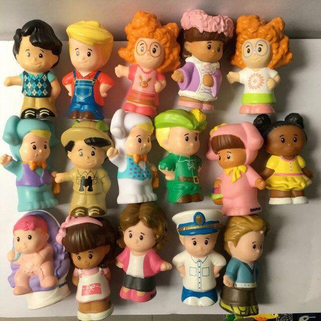 Random 10pcs Fisher Price Little People Construction Figures Baby Girl Boy Dolls