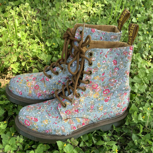 dr martens boots Womens Us 5